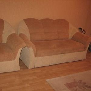 Продаю мебель: диван-кровать и 2 кресла