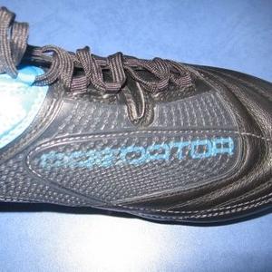 Продам бутсы Adidas Predaror