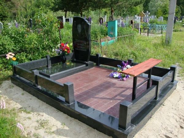 Памятники,  ограды,  благоустройство. Сморгонь и рн 4